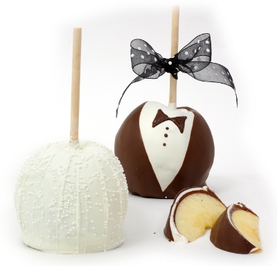 Bride and Groom Wedding Apples Medium 2pk
